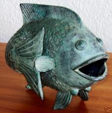 MESSING FISCH GROSS MIT GRÜNSPAN PATINA